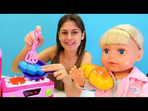 Xxx Mp4 Ayşe Ve Gül Pazara Gidiyorlar Balık Pişirme Oyunu Bebek Bakma Videoları 3gp Sex