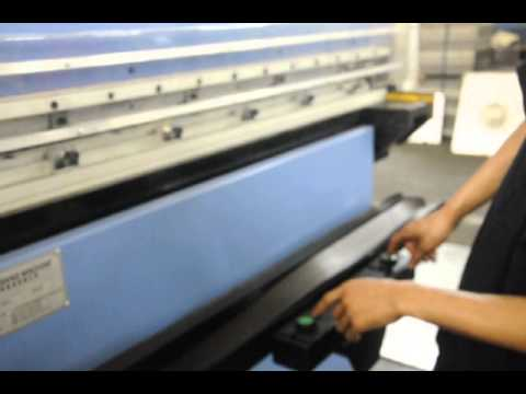 Hydraulic plane Leather belt embossing machine