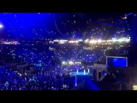 Katy Perry plays Clinton anthem Roar