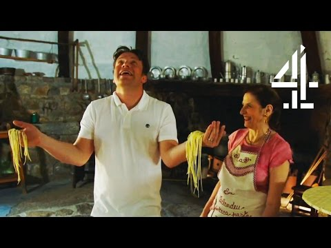 Jamie Oliver Struggles To Make One Of Italy's Rarest Pastas | Jamie's Super Food