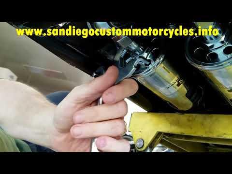 Adjusting Progressive shocks   How to adjust suspension on a motorcycle