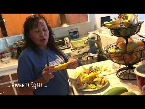 Villa 2232 - 2017-09-21/28 Harvest time: Picking ripe mango/persimmon/guava.