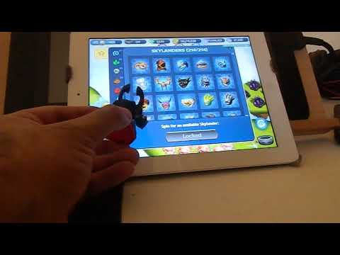 BRR's Fun with Figures: Skylanders - Gnarly Barkley tries to join the Lost Islands
