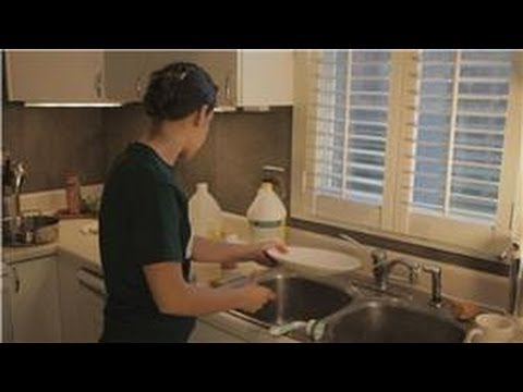 Kitchen Cleaning : How to Clean Soap Scum on Dishes