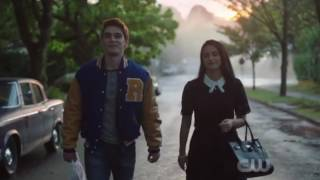 Archie & Veronica talk about Betty {Riverdale 1x02}