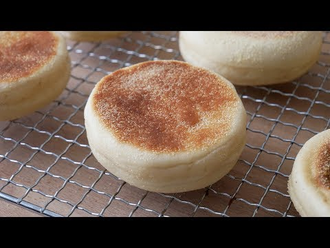 Englische Muffins (Toasties) Selber Machen || Baking English Muffins (Recipe) || [ENG SUBS]