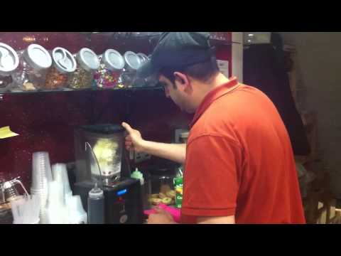 How to make milkshake Oreo with strawberry