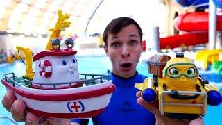 Download Видео с игрушками в аквапарке. Ищем сокровища с Фёдором и Элаяс! Video