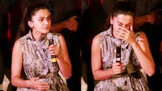 Emotional Taapsee Pannu CRIES At Pink Movie