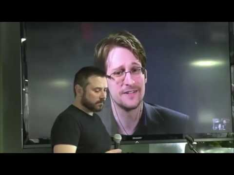 Edward Snowden Makes Impassioned Plea for US Citizens to Hold Government Accountable