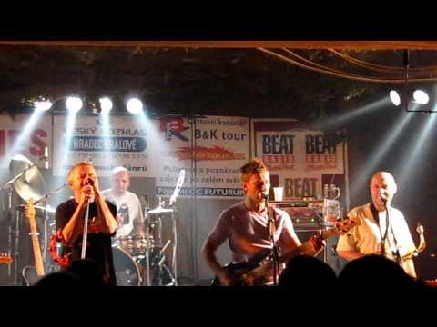 Mňága & Žďorp - Myslel jsem si, že je to láska live@RC U Cikána, Hradec Králové [HD]