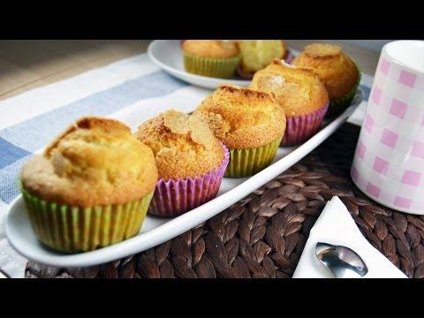 How to Make Homemade Cupcakes - Easy Basic Cupcake Recipe