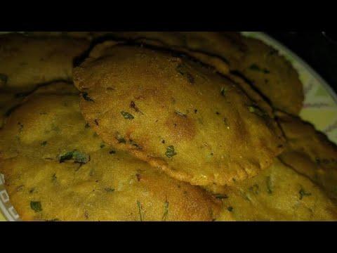 Aloo Aur Rajgira Ki Puri Recipe In Hindi
