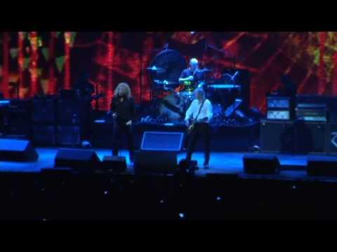Led Zeppelin - Kashmir Live at the O2 Arena Reunion Concert