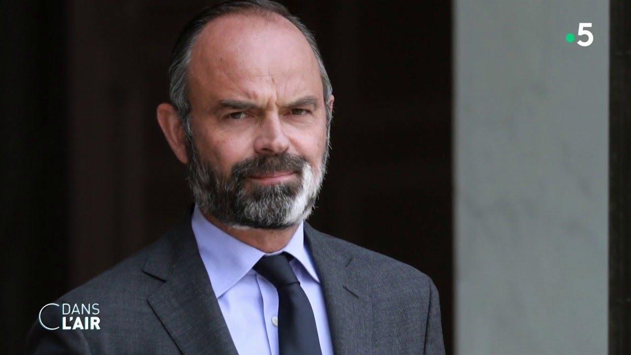 Edouard Philippe et la droite, une histoire compliquée - Reportage #cdanslair - 30.06.20