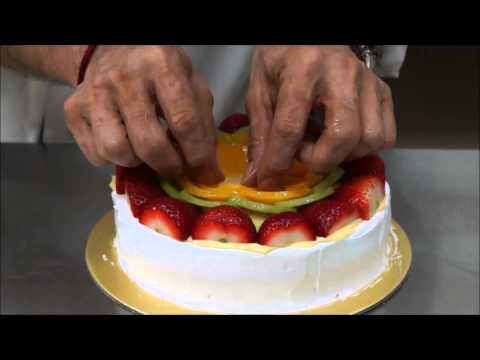 Fresh Fruit Gateau by using Instant Jelly Powder
