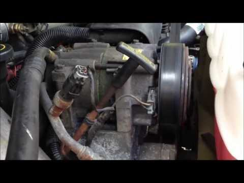 AC System Leak Detection Methods - Dye Injection and Refrigerant Gas Dectector