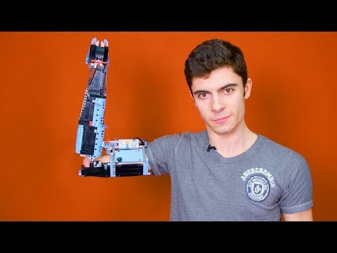 This Guy Has Built a Prosthetic Arm With LEGOS