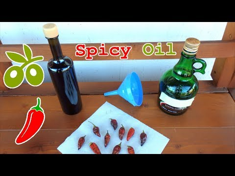 Spicy Olive Oil with Italian Hot Peppers