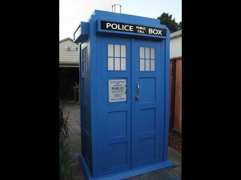 LIFESIZED TARDIS
