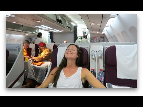 QATAR AIRWAYS BUSINESS CLASS | Kathmandu to Doha (+Al Mourjan Business Lounge)