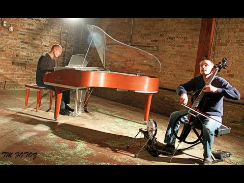 Michael Meets Mozart - 1 Piano, 2 Guys, 100 Cello Tracks - The Piano Guys