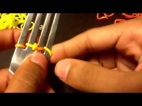 How to make a rainbow loom chain bracelet on a fork