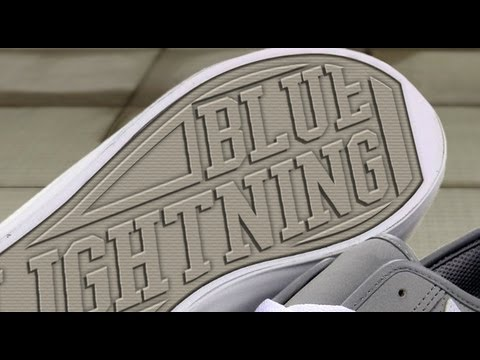 Photoshop Tutorial: How to Make a Custom, Shoe Print Design