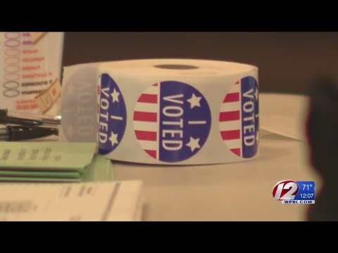 Rhode Island voters casting ballots in Primary Election