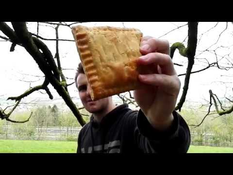 Average Amateur Food Reviews: Gregg's Corned beef pasty