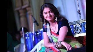 Interview with 'Char bangdi vadi gadi' fame Kinjal Dave on audi car use in song | Vtv Gujarati