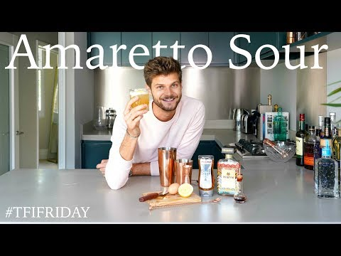 HOW TO MAKE AN AMARETTO SOUR | #TFIFRIDAY