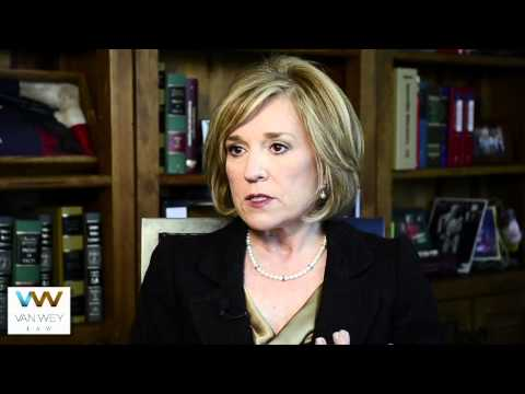 Dallas Attorney | How To Choose a Personal Injury Trial Lawyer