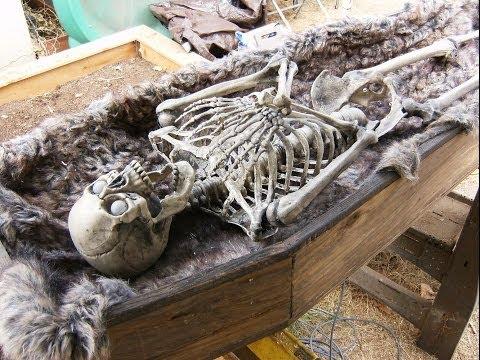 Halloween Coffin Popper - Pneumatic Halloween Scare Props