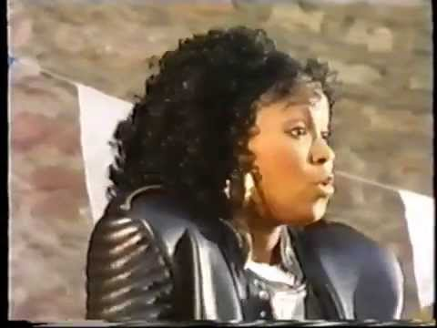 Beverlee - Set Me Free ( 90s House Classic )