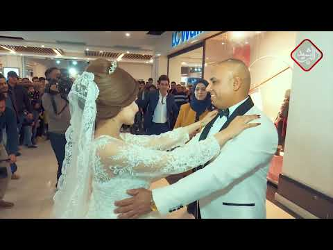 Xxx Mp4 رجل يترك زوجته ويختار الرقص مع عروسة جديدة في طباب خير 3 مع عمر محمد 3gp Sex