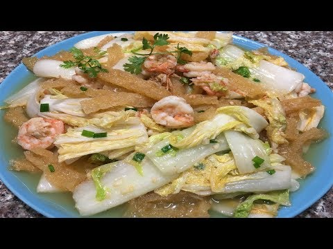 Fried Chinese Cabbage with Shrimp and Dry Skin of Pig | Cambodian Food Easy Recipes