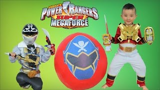 Power Rangers Super Megaforce Giant Surprise Toys Egg Opening With Red Ranger-Silver Ranger Ckn Toys
