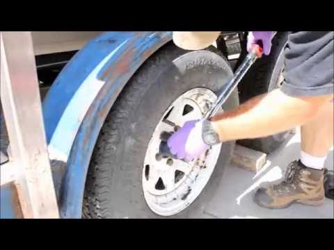 How to replace hydraulic trailer brakes and axle seals - WCW