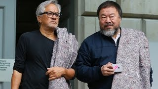 Artists Ai Weiwei and Anish Kapoor: March for refugees