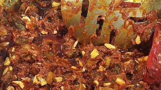 ఆరు నెలలు నిల్వ వుండే  రుచికరమైన గుంటూరు పద్దతి కాకరకాయ పచ్చడి కొలతలతో  /bitter gourd pickle