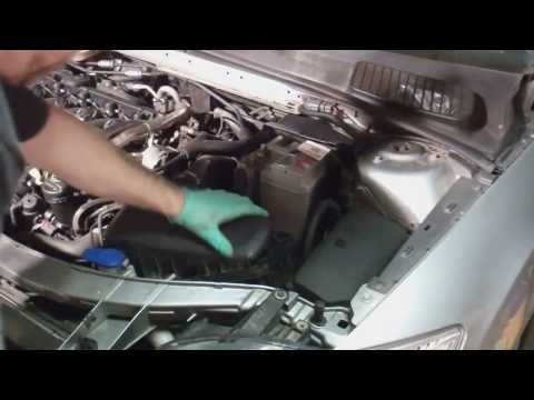 Replacing your car battery (Ford Mondeo Mk4 2007 onwards)