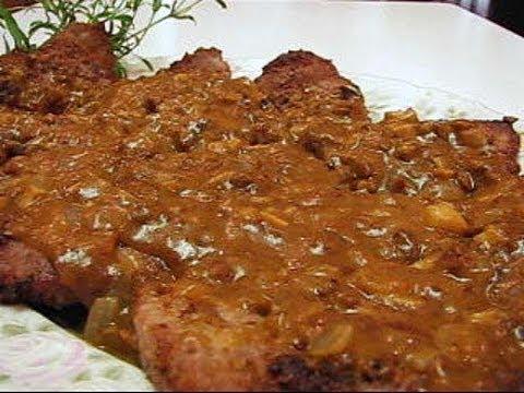 Betty's Pounded Round Steak with Onion Mushroom Gravy