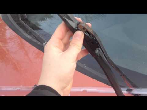 How to Change your Cars Windshield Wipers *Mazda 3 2004 HATCHBACK