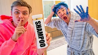 CARTER DYES MY HAIR BLUE!! (GONE WRONG)