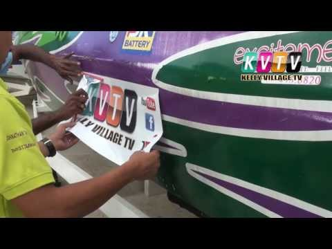 How to easily apply a car sticker using soapy water