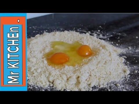 HOW TO MAKE SWEET PASTRY (pâte sucrée)