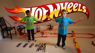 Hot Wheel cars BIG TRACK racing toys