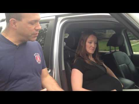 How to Correctly Wear Your Seat Belt While Pregnant