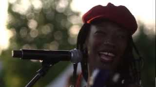 Fatoumata Diawara - Bakonoba Official Video